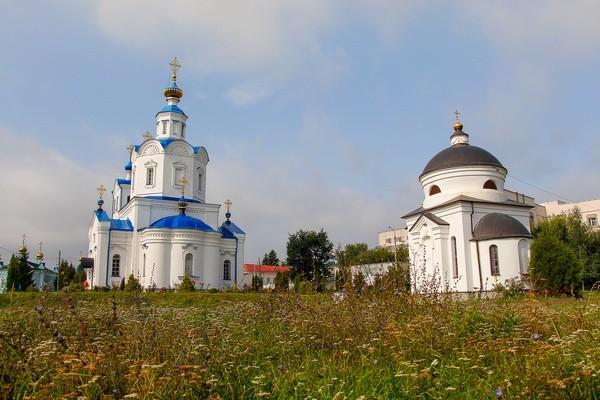 Свято-Успенский монастырь с собором Успения Пресвятой Богородицы