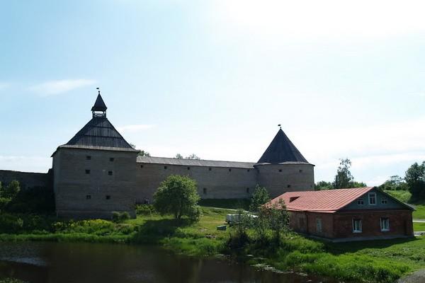 Крепость и храмы Старой Ладоги
