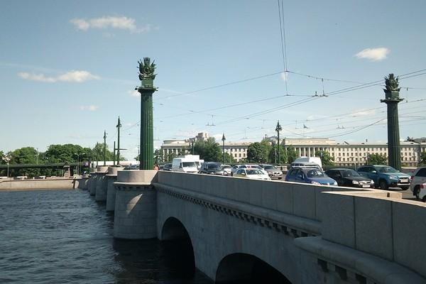 Ушаковский мост в Санкт-Петербурге