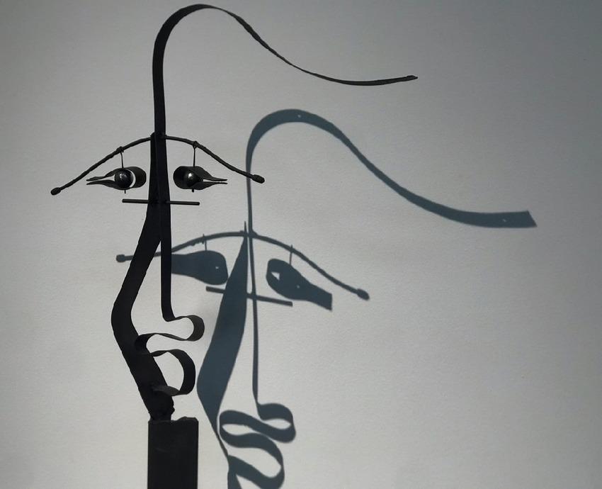 Выставка «Мифы, иллюзии, арт-объекты» на Елагином острове