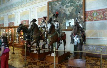Экспозиция Эрмитажа «Оборонительное вооружение Европы»