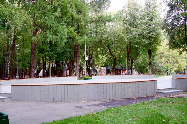 Каток в Бабушкинском парке