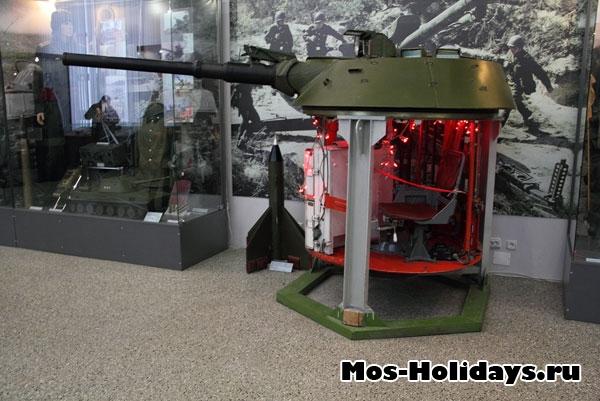 Башня танка. Центральный музей вооружённых сил.