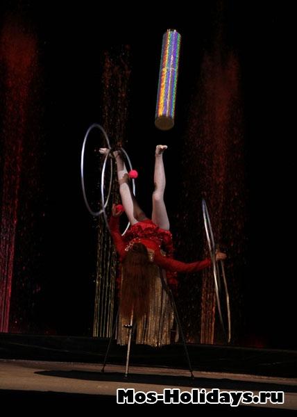 Жонглирует, цирк Варьете