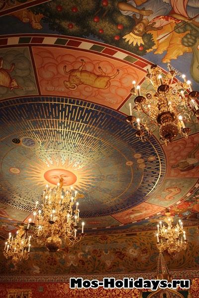 Потолок в Столовой палате дворца Алексея Михайловича