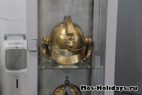 Шлем из фильма Джентльмены удачи, музей Мосфильма