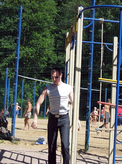 На спортивной площадке в Измайловском парке