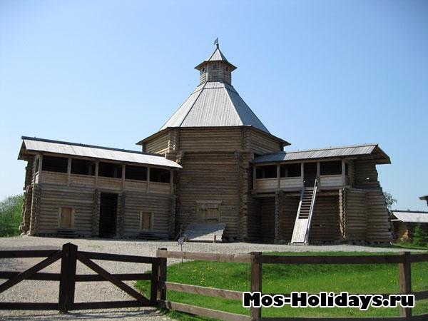 Моховая башня Сумского острога