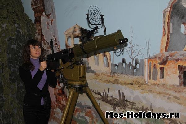 В музее можно сфотографироваться с настоящим оружием