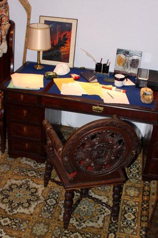 Рабочий стол Высоцкого