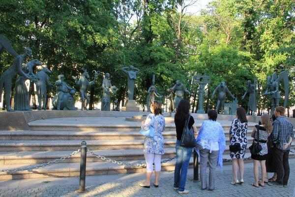 Памятник «Дети – жертвы пороков взрослых».