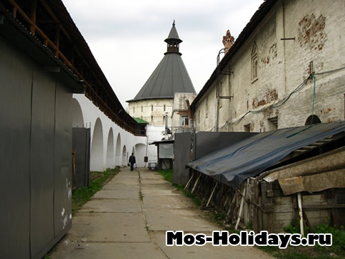 В монастыре проходит реконструкция