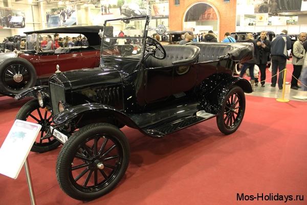 Форд Т на выставке Олдтаймер Галерея