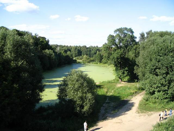 Пруд в парке Покровское-Глебово-Стрешнево