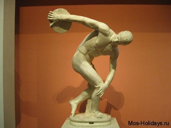 """Статуя """"Дискобол"""" из музея изобразительных искусств имени Пушкина"""