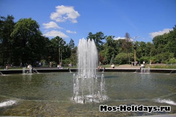 Фонтан в парке Сокольники