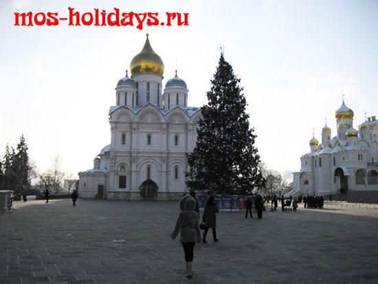 Архангельский собор на территории Кремля