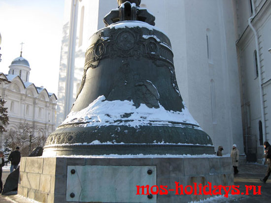 Царь колокол на Ивановской площади