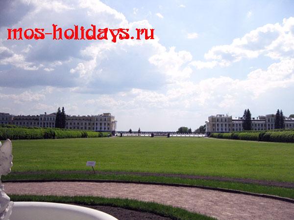 Большой партер и здания санатория в Архангельском