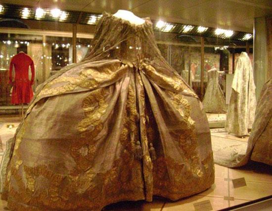 Царские одежды в Оружейной палате