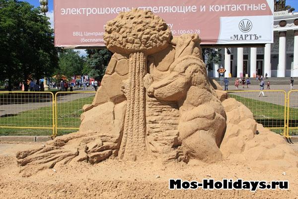 Выставка песчаных фигур на ВВЦ
