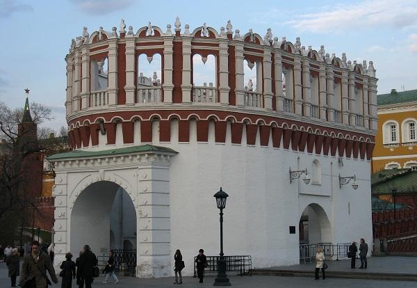 Кутафья башня Кремля