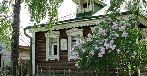 Дом-музей Есенина в Константиново