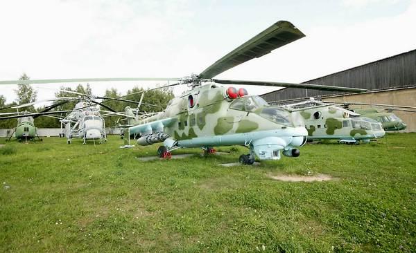 Вертолеты в музее ВВС в Монино