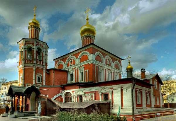 Церковь всех святых в Кулишах