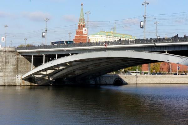 Большой каменный мост в Москве