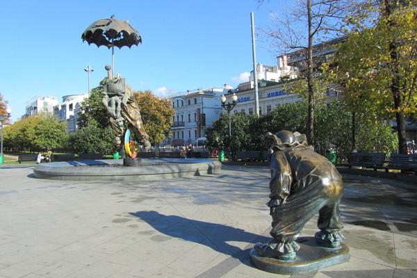 Динамический фонтан «Клоуны» на Цветном бульваре