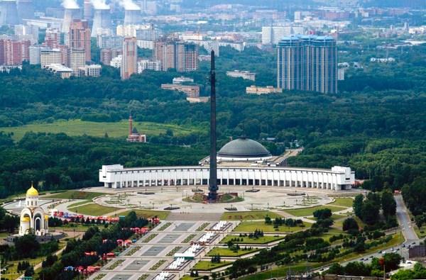 Картинки по запросу поклонная гора в москве