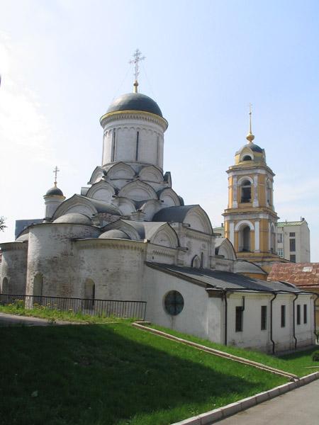 Рождественский монастырь в Москве