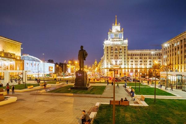 Пешеходная экскурсия «Москва мистическая. Ночь на Патриарших» от компании «Московские переулки»