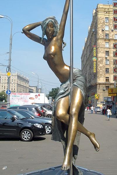 pamyatnik-striptizershe