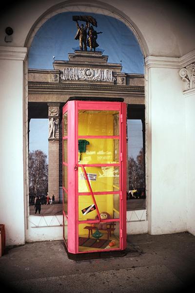 telefonnaya-budka-cheburashki