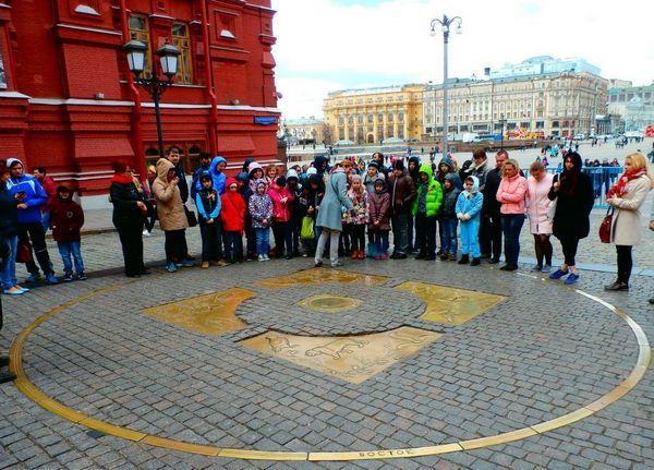 Детский экскурсионный квест + подарки «Красная-прекрасная площадь» от компании «Мысли Вслух»
