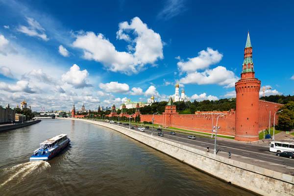 «Трамвай — желание» — прогулка по Москве-реке (скидка 50%)
