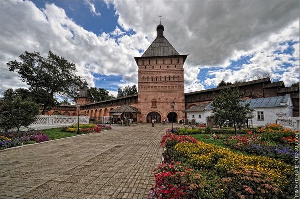 Однодневная автобусная экскурсия «Легенды и были вечного Суздаля с посещением Щурова городища»