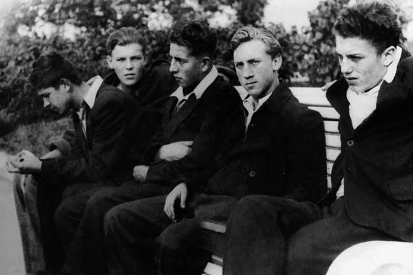 Индивидуальная экскурсия «Где его семнадцать лет: Владимир Высоцкий, юность»
