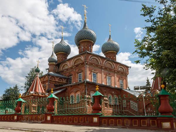 Однодневная автобусная экскурсия «Кострома — mon amour!»