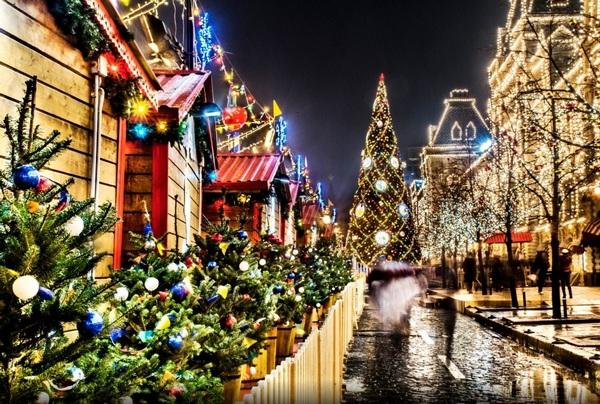 Картинки по запросу Новогодние приключения под Москвой
