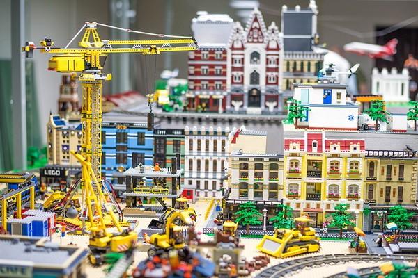 Лего клубы для детей в москве ночные клубы эро