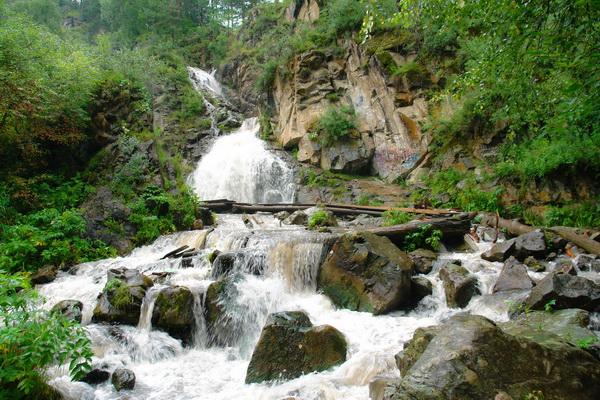 Водопад Камышла