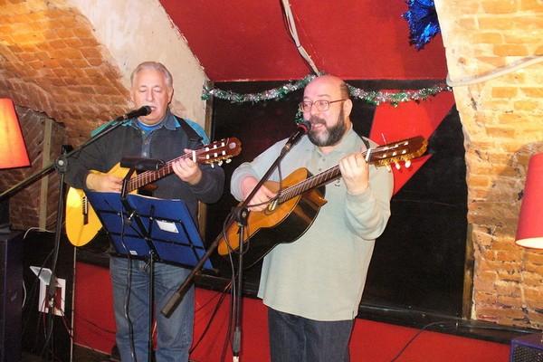 Клуб бардовской песни и бард-кафе «Гнездо глухаря»