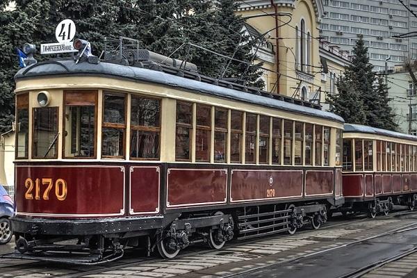 Парад ретро трамваев в Москве