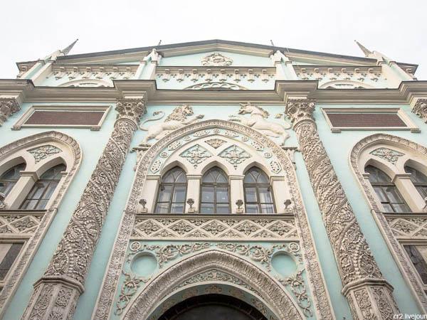Пешеходная экскурсия «Никольская улица в деталях: первая и великолепная»