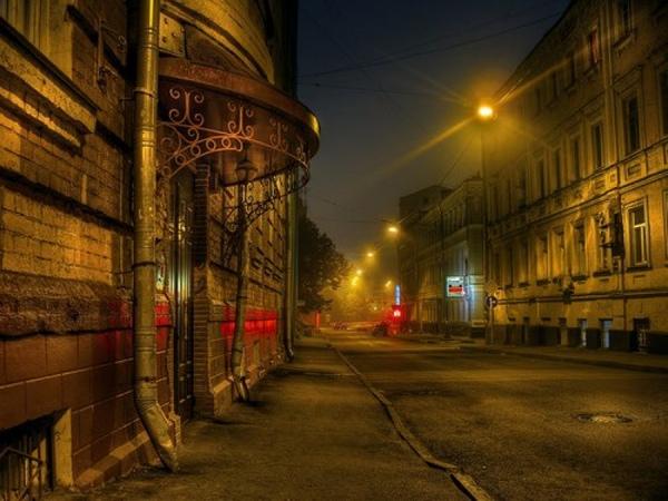 Театрализованная автобусная экскурсия «Привидения и ведьмы Москвы» от компании «Незабываемая Москва»