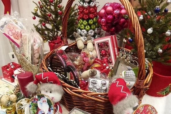 Выставка-ярмарка «Новогодние и Рождественские подарки»