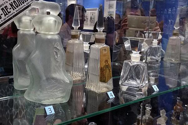 Выставка «Французские парфюмеры в Москве»